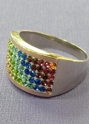 Кольцо радуга с вставками фианитов и накладками из золота