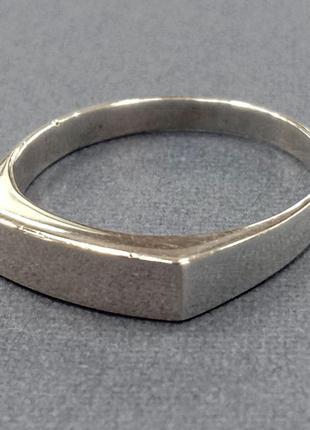 Мужское серебряное кольцо с золотой накладкой