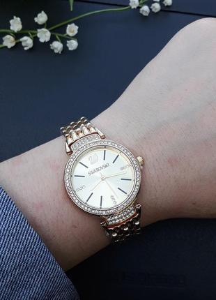 Часы женские, стильные, модные, золотые, красивые часики