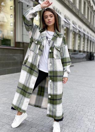 Стильные длинные рубашки пальто оверсайз в клетку