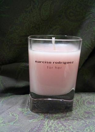 Ароматическая свеча narciso rodriguez for her