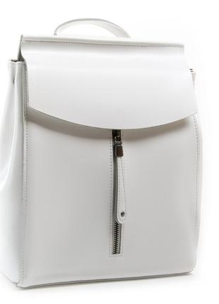 Женский кожаный рюкзак изготовлен из натуральной плотной кожи, в