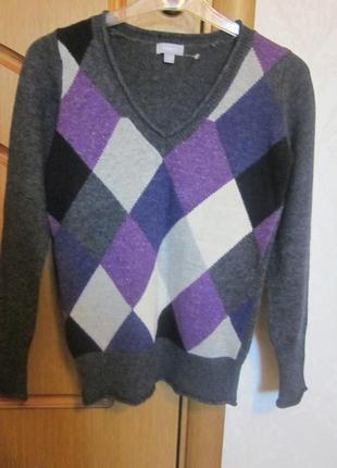 Теплый свитер lindex размер xs. почти новый