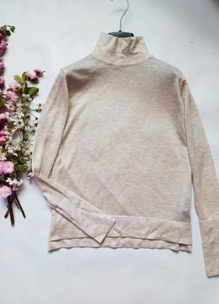 Лёгкий тонкий свитер водолазка