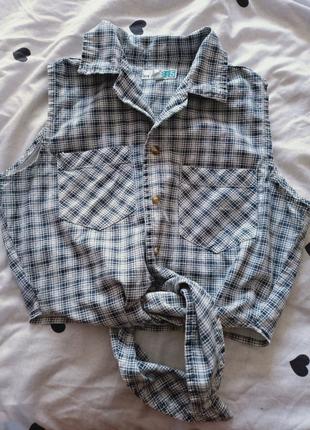 Стильная хлопковая рубашка с завязками