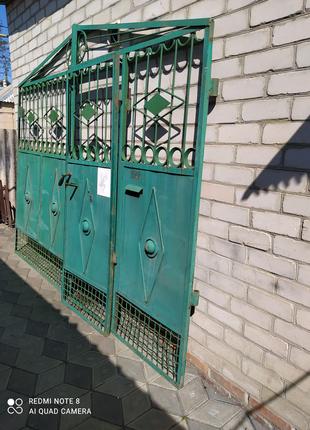 Ворота Дворовые , двери.