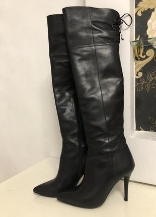 Новые натуральные кожаные ботфорты  размер 40(25,8 см)