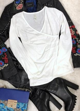 Новая белая водолазка свитерок размер s-m