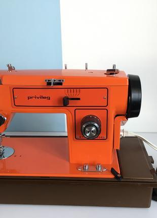 Швейна машинка Privileg mod. 152М