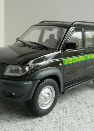 УАЗ-3163 Patriot лесная охрана 1:43 Автомобиль на службе №57