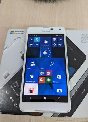 Смартфон Microsoft Lumia 650 (67058)