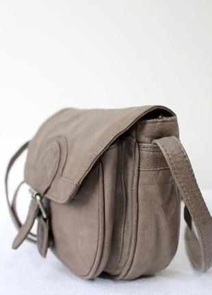 Кожаная сумка кросс- боди