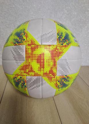 Мяч футбольный adidas conext 19 top training dn8637