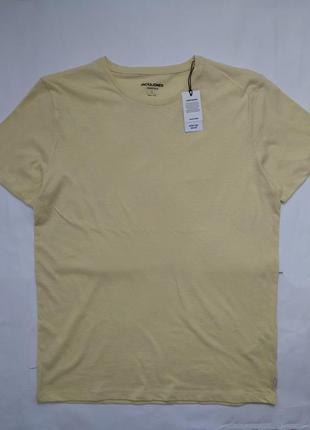 Мужская футболка размер л