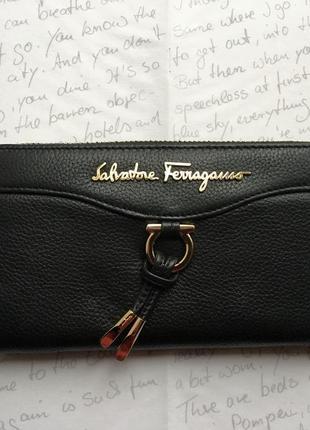 Кошелек кожаный женский черный salvatore ferragamo. новый!