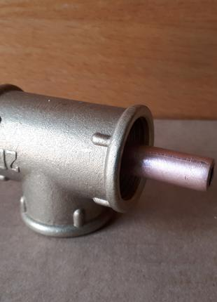 Инжектор дымогенератора.