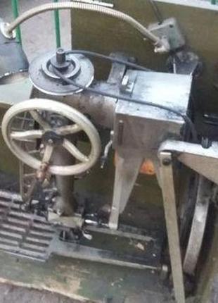 Швейная машина 378 класса, рукавная. (Промышленная).