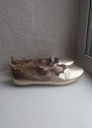 Лодочки балетки туфли золотистые от next на завязках