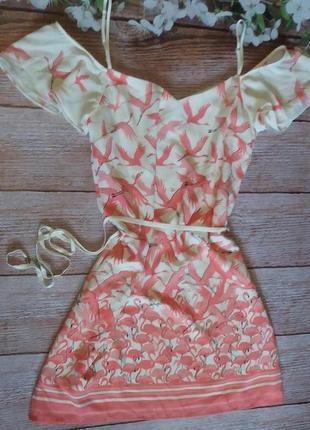 Платье легкое  на плечи волан фламинго модное новое от oasis