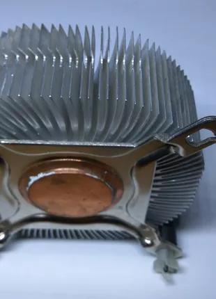 Радиатор охлаждения процессора intel