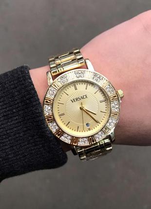 Женские часы в золоте