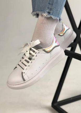 Классные женские кроссовки alexander mcqueen белые
