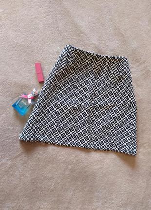 Плотная качесвтенная юбка трапеция высокая талия