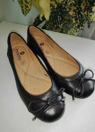 Кожаные туфли-лодочки moema