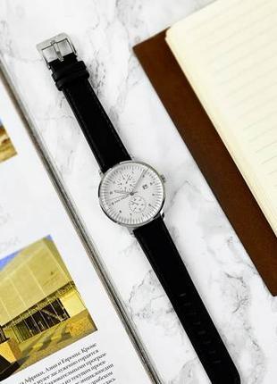 Распродажа склада мужских часов, с кожаным ремешком браслетом! Сп