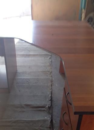 Столик компьютерный