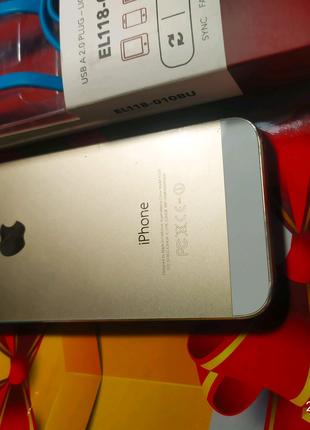 Apple IPhone 5S + Новый качественный кабель Lightning