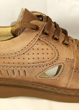 Нубуковые туфли-сандалии TIGINA. 41,45.