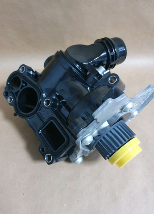 Водяной насос VW PASSAT 1.8-2.0 TSI 06H121026DN