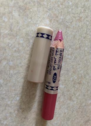 Олівець помада для губ рожева помада.