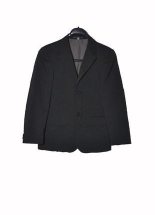 Школьный черный пиджак на мальчика 146 рост