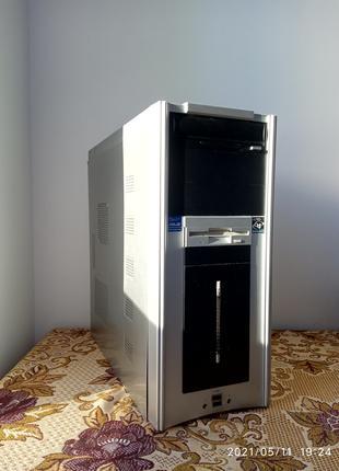 Комп'ютер Athlon 5600+; 3gb RAM; HDD 720gb; hd5450 1gb
