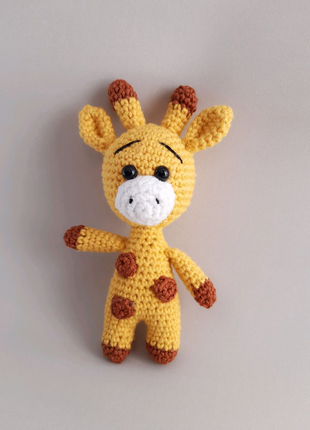 Жираф. Вязаные игрушки.