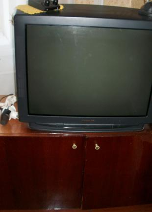 Продам Телевизор Panasonic 72-см Приставка-32-каналa,и антеннами