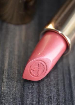 Ультрапигментированная губная помада grand rouge тон 112 ив роше