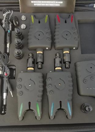 Набор сигнализаторов поклевки Coonor 4+1+4 свингера + быстросъёмы