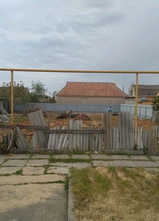 Продам участок под частное строение (центральная улица к морю)