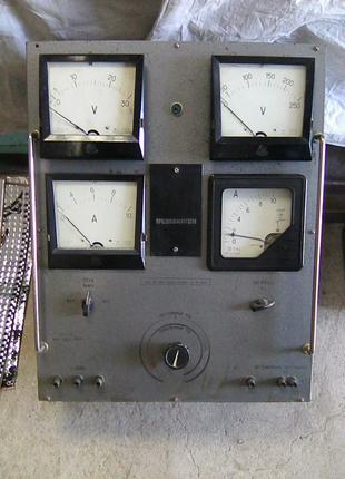 Измерительный прибор М 867 лабораторный. СССР.