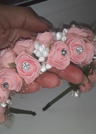 Нежный ободок с цветами