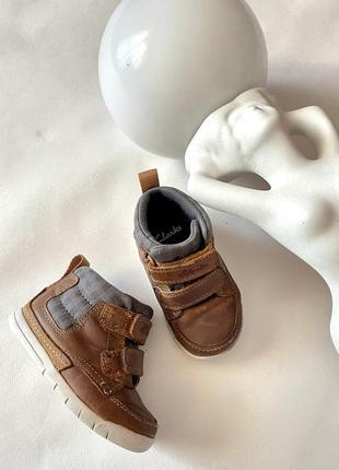 Кожаные ботинки ботиночки для мальчика clark's 20.5