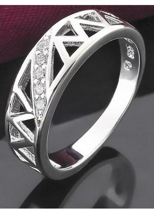 🏵шикарное кольцо в серебре 925 с цирконами,фианитами, 18 р., н...