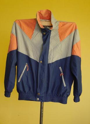 Куртка-вітровка на 60-64 розмір