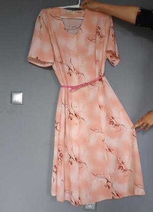 Красивое женское платье халат большого размера