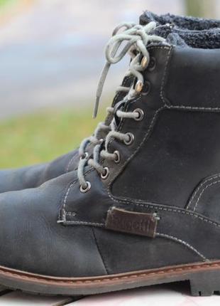 Стильные ботинки из нубуковой кожи bugatti, утеплены 44-45