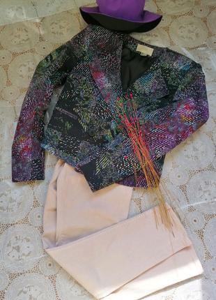 Яркий стильный разноцветный женский пиджак H&M 38