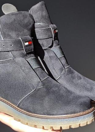 Женские черные ботинки сапоги tommy hilfiger